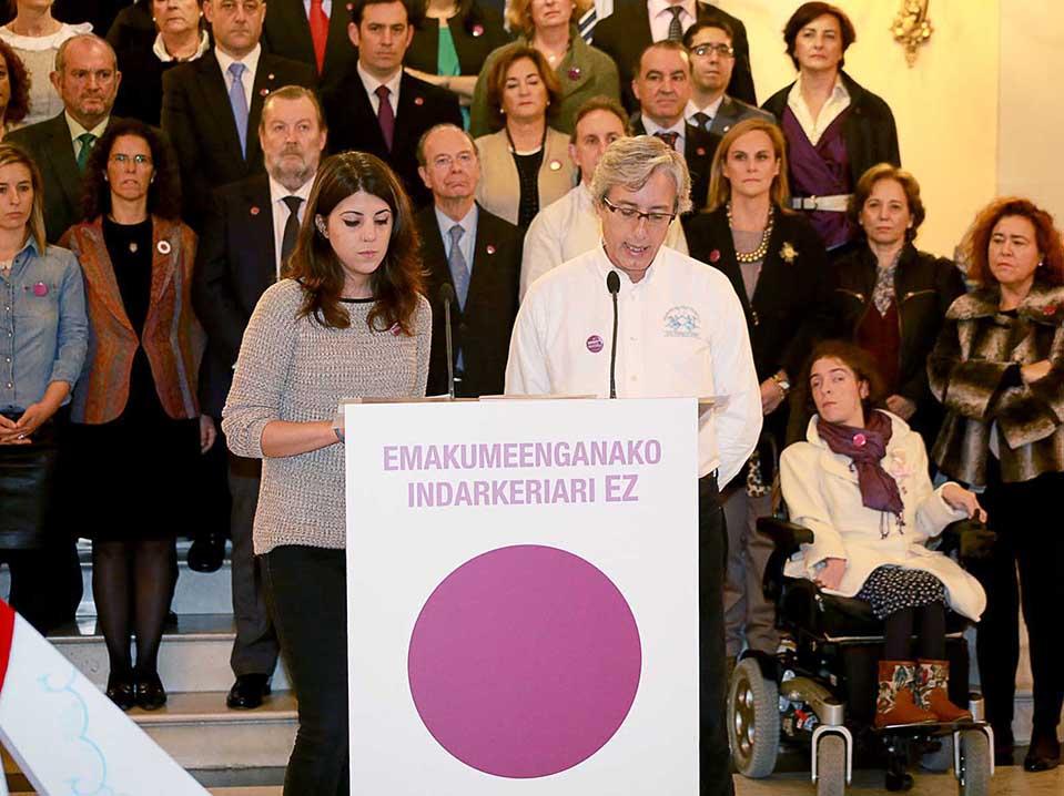 Modulo-Deusto-SanIgnacio-Rafa-Perez-Declaracion-Institucional_Ayto_Bilbao