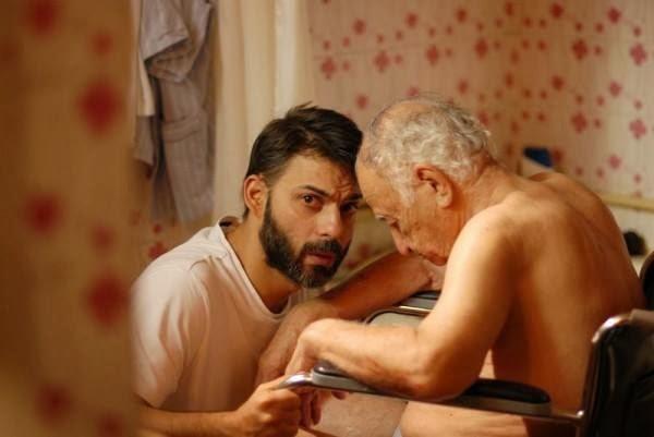 ¿Cuidan los hombres de sus mayores? Un escrito de José Ángel Lozoya Gómez